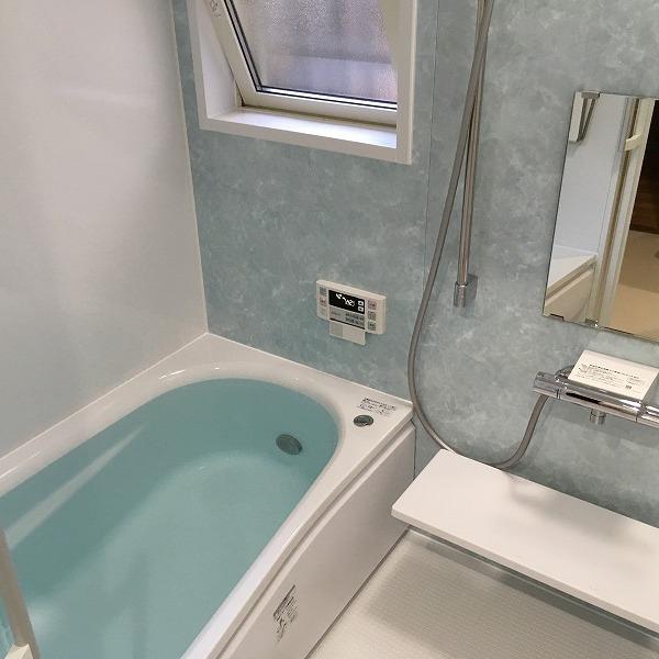 タイルのお風呂からユニットバス。0005954546