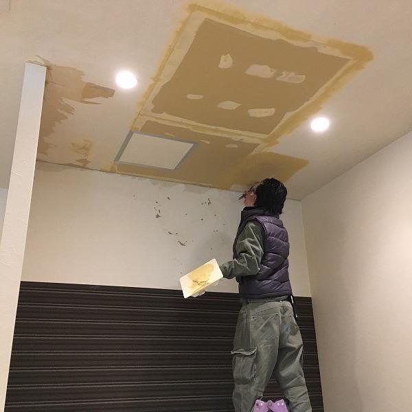 天井は木目クロス。0005984583