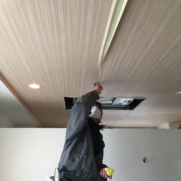 天井は木目クロス。0005984591