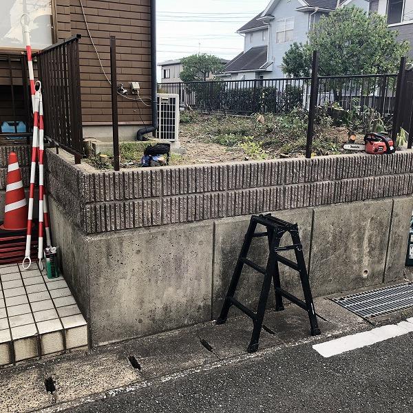 庭を削って駐車場工事。0006275323
