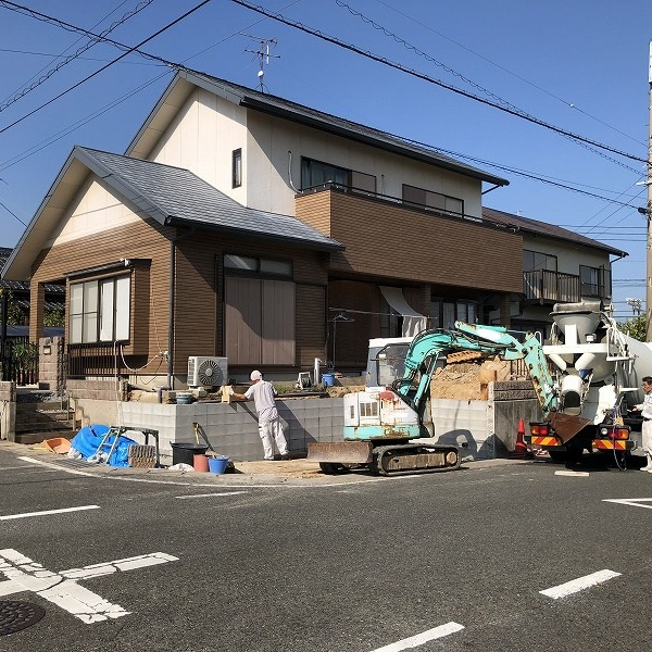 庭を削って駐車場工事。0006275336