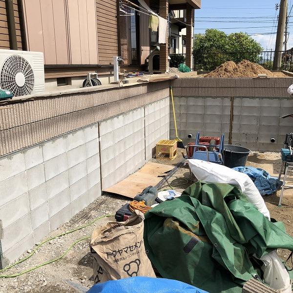 庭を削って駐車場工事。0006275341
