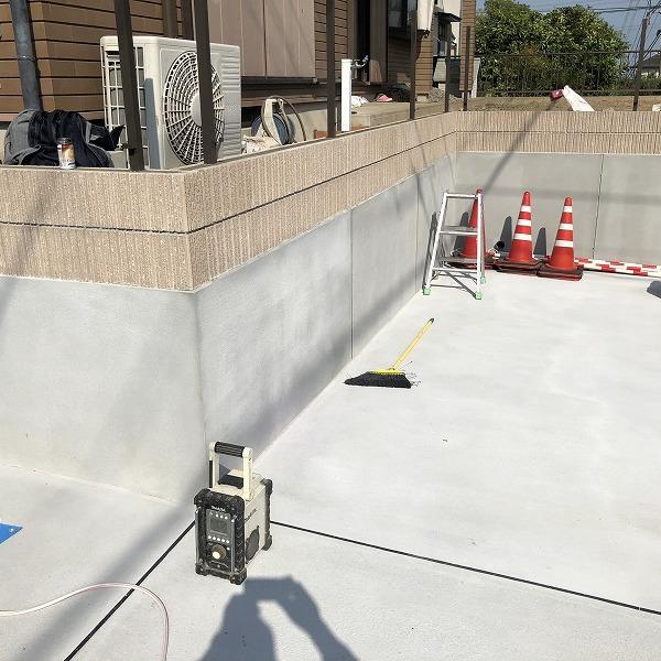 庭を削って駐車場工事。0006275359