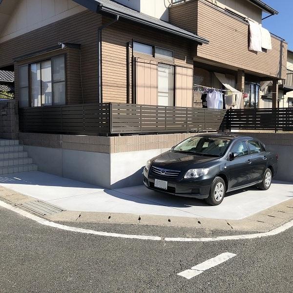 庭を削って駐車場工事。0006275367