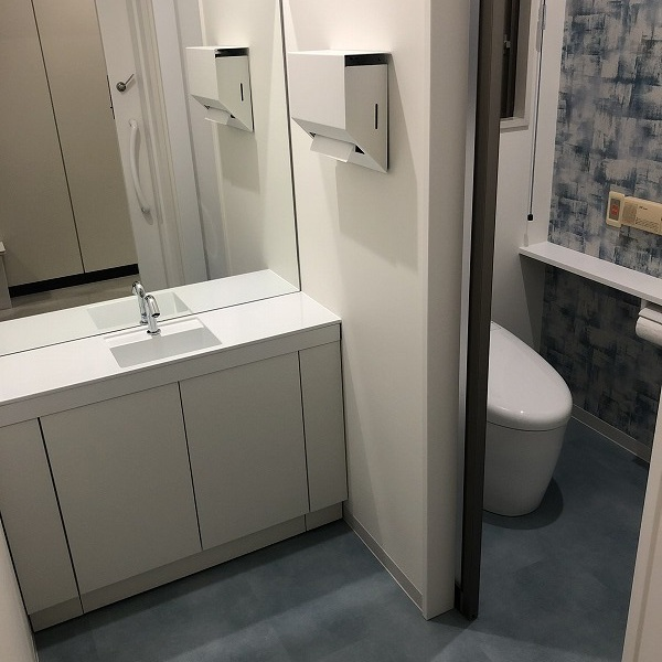 クリニックトイレ改装。0006285394