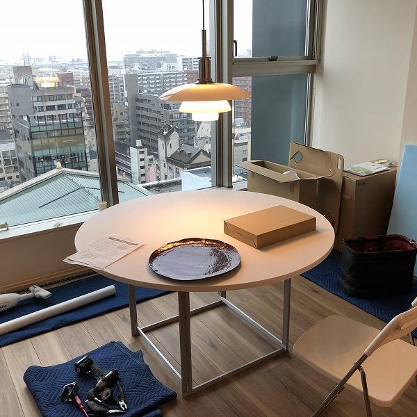 家具と照明器具。0006305421