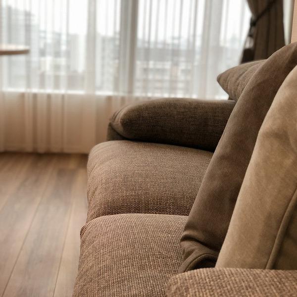 家具と照明器具。0006305428